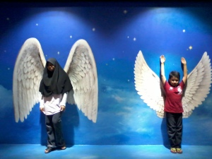 saya menjadi angel dan boleh terbang
