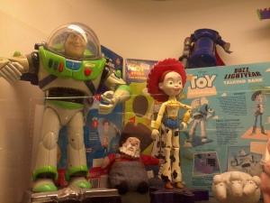ini adalah karekter dalam movie toy story